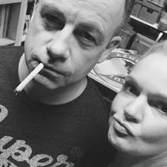 DJane Anne Decks mit DJ Louis Garcia